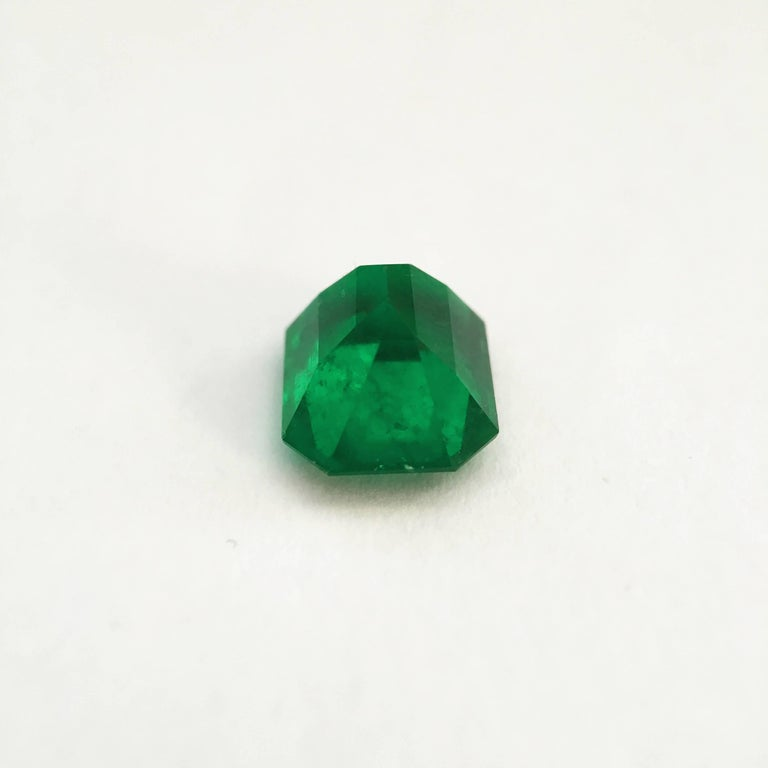 2.93 Carat Emerald Cut, Certified Natural Muzo Colombian Emerald In New Condition For Sale In London, GB