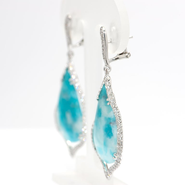 Contemporary 29.38 Carat Brazilian Paraiba Tourmaline Diamond Gold Drop Earrings For Sale
