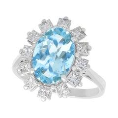 2.94 Carat Aquamarine and 1.10 Carat Diamond Platinum Dress Ring