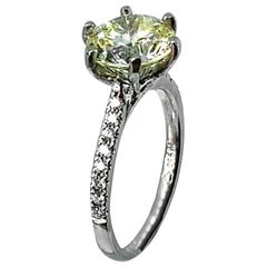 2.94ct certificated light yellow diamond set in platinum 6 claw mount and shank