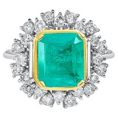 2.95 Carat Emerald-Cut Colombian Emerald, Diamond and 14 Karat White Gold Ring