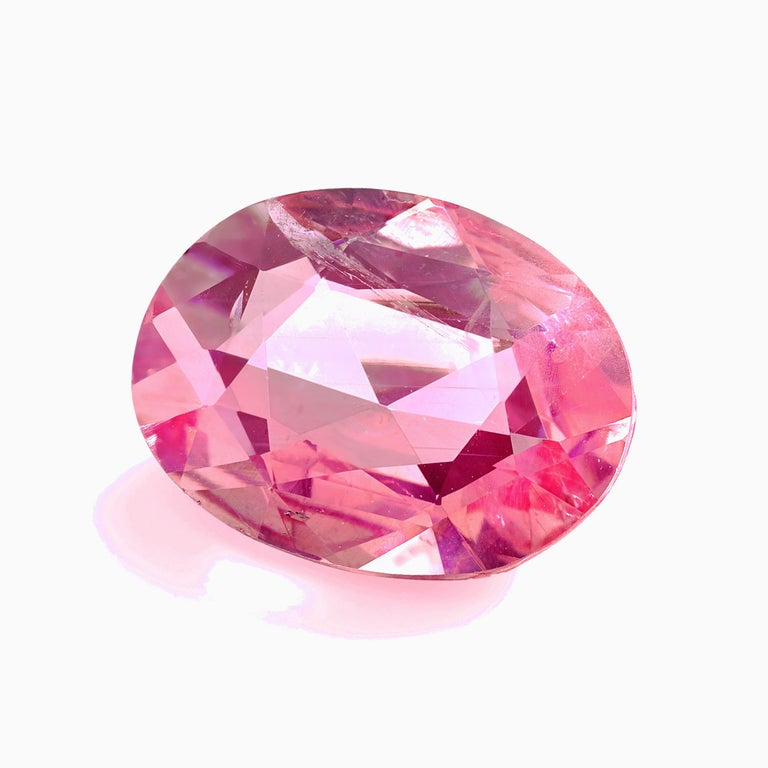 2.95 Carat Pink Sapphire Antique Oval Cut, GIA Certificate For Sale 1