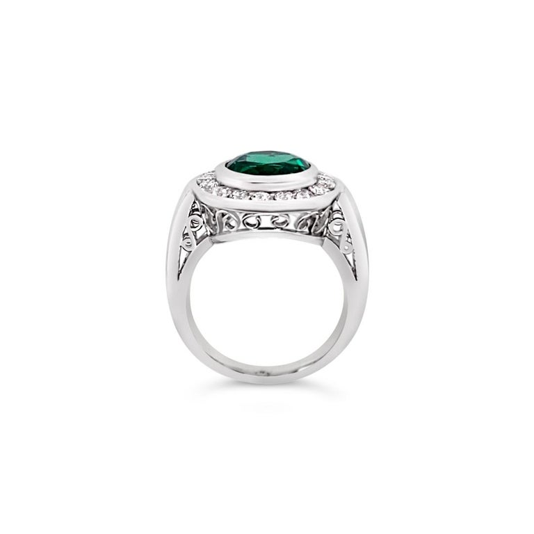 2.99 Carat Vivid Green Emerald and Diamond Ring in Platinum For Sale 1