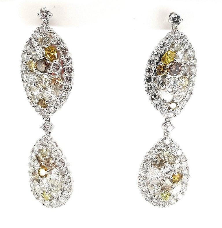 29.99 Carat Diamond, 18 Karat White Gold, Earrings, Cocktail Ring, Set For Sale 5