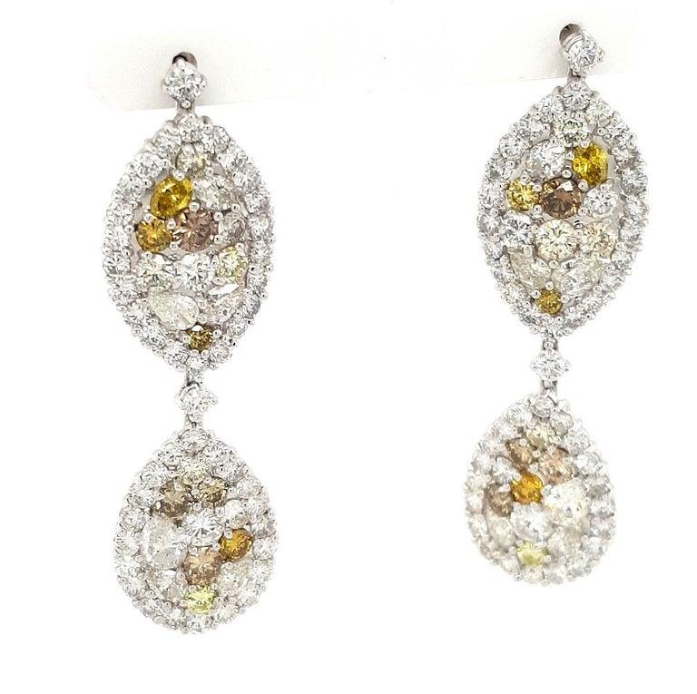 29.99 Carat Diamond, 18 Karat White Gold, Earrings, Cocktail Ring, Set For Sale 7