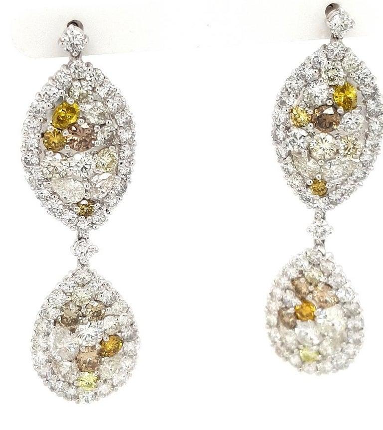 29.99 Carat Diamond, 18 Karat White Gold, Earrings, Cocktail Ring, Set For Sale 8