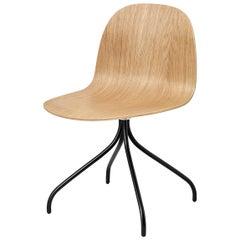 2D Meeting Chair, Un Upholstered, Matte Black Swivel Base, Natural Oak
