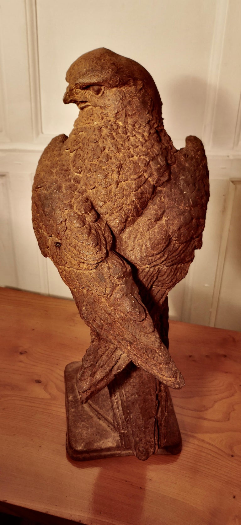 Weathered Cast Iron Statue of a Falcon on a Gloved Hand In Good Condition For Sale In Chillerton, Isle of Wight