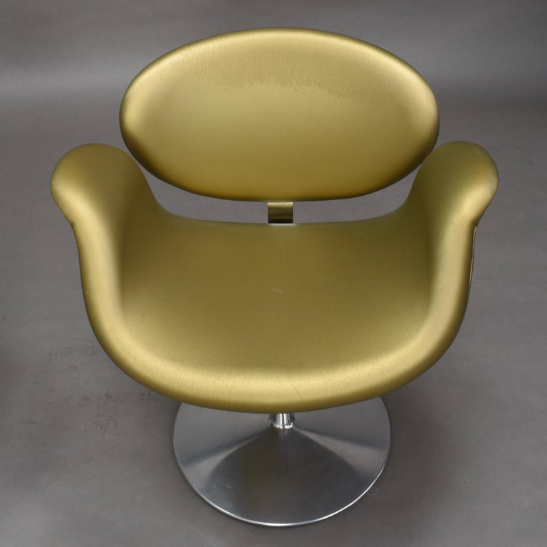 2 Limited Edition Pierre Paulin Tulip Swivel Armchairs for Artifort, 1965 For Sale 1