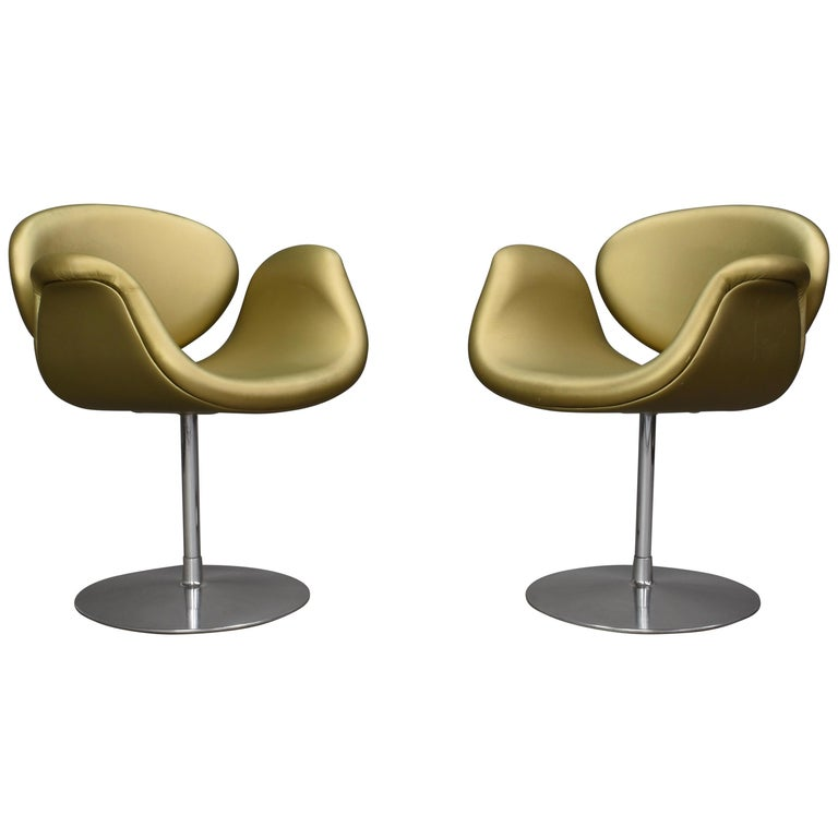 2 Limited Edition Pierre Paulin Tulip Swivel Armchairs for Artifort, 1965 For Sale