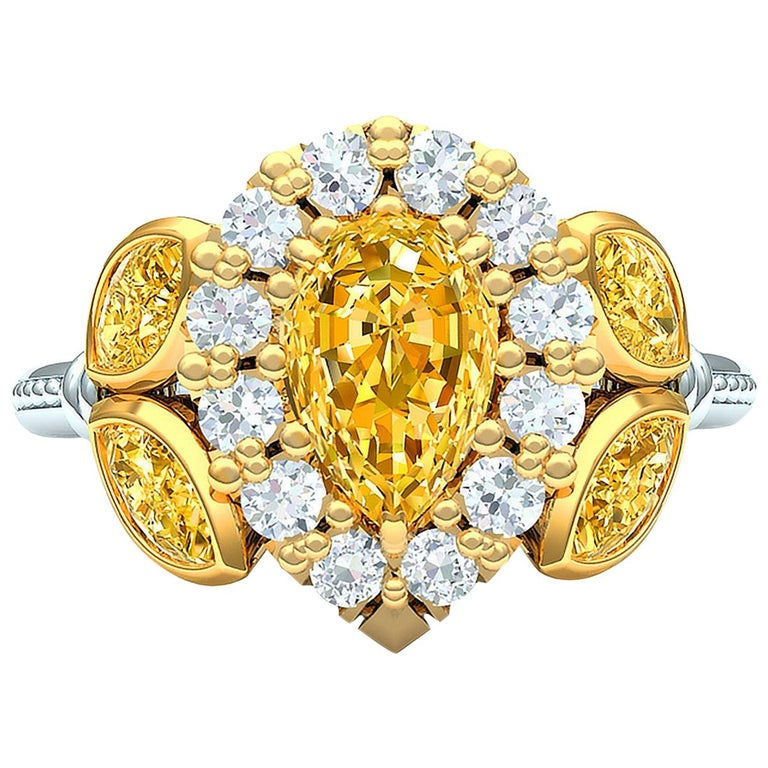 3 Carat Fancy Light Yellow Pear Shape Diamond Ring For Sale