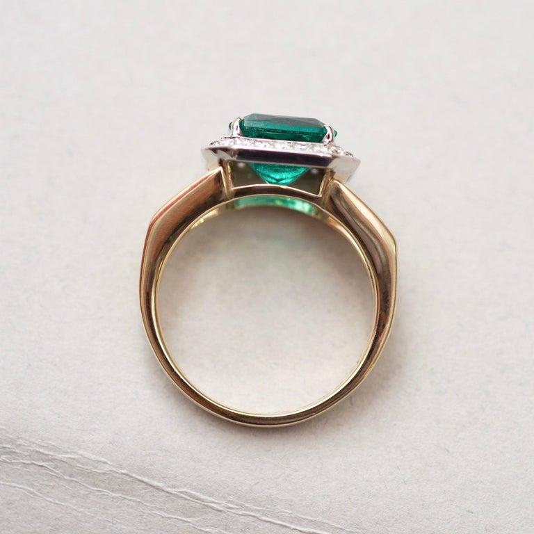 For Sale: undefined 3 Carat Intense Green Natural Emerald Diamonds 18 Karat Yellow White Gold Ring 5