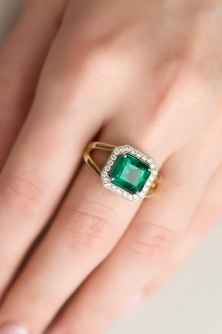 For Sale: undefined 3 Carat Intense Green Natural Emerald Diamonds 18 Karat Yellow White Gold Ring 6
