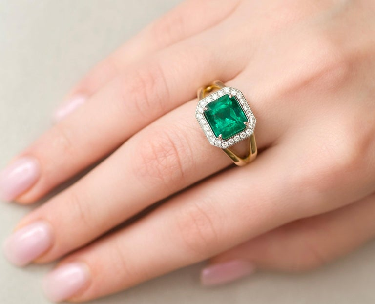 For Sale: undefined 3 Carat Intense Green Natural Emerald Diamonds 18 Karat Yellow White Gold Ring 8
