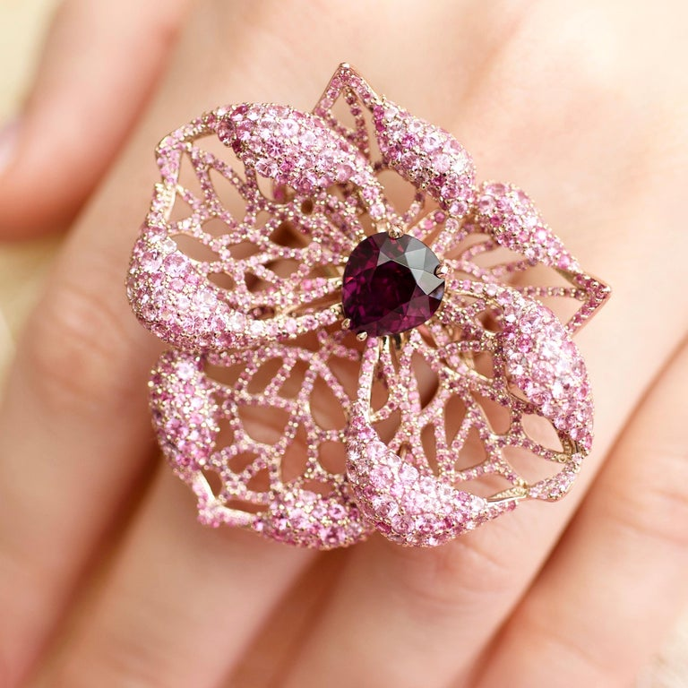 Pear Cut 3 Carat Purple Spinel Pink Sapphire 18 Karat Rose Gold Flower Cocktail Ring For Sale