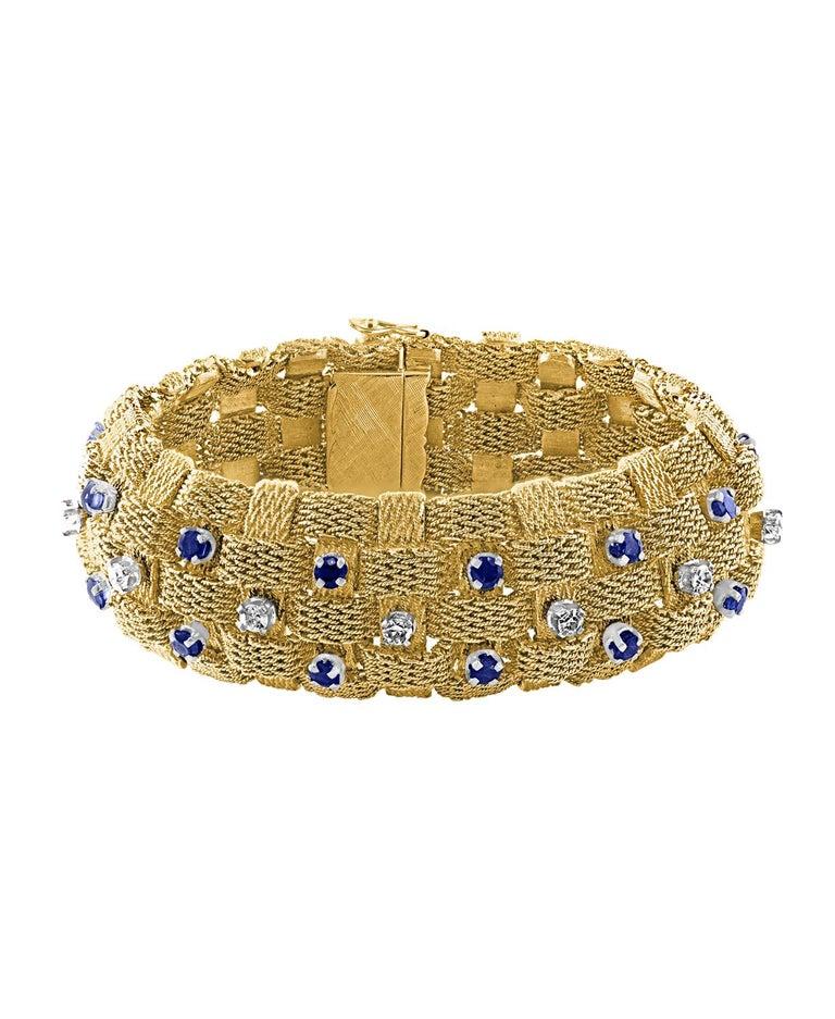3 Carat Sapphire & 2 Carat Diamond Bracelet In 18 Karat Yellow Gold 116 Gm 7.5