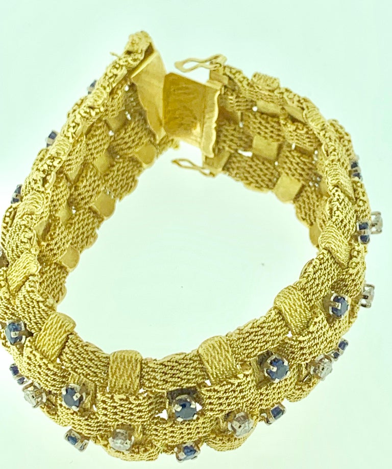 3 Carat Sapphire and 2 Carat Diamond Bracelet in 18 Karat Yellow Gold 116 Gm For Sale 1