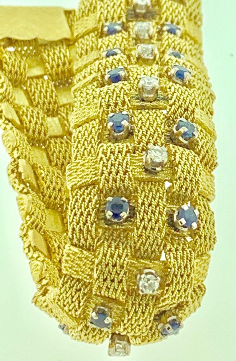 3 Carat Sapphire and 2 Carat Diamond Bracelet in 18 Karat Yellow Gold 116 Gm For Sale 2