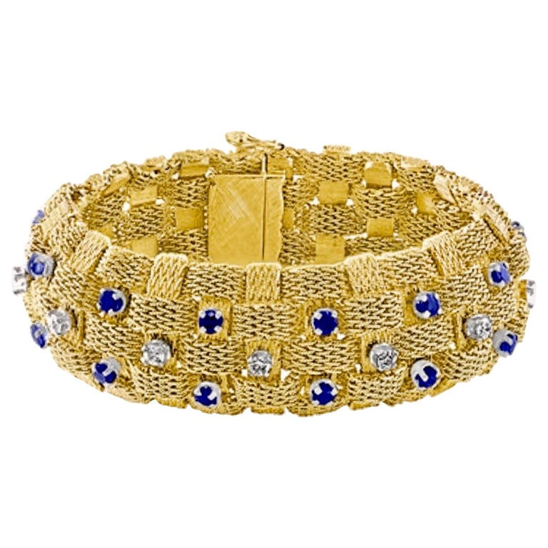 3 Carat Sapphire and 2 Carat Diamond Bracelet in 18 Karat Yellow Gold 116 Gm For Sale