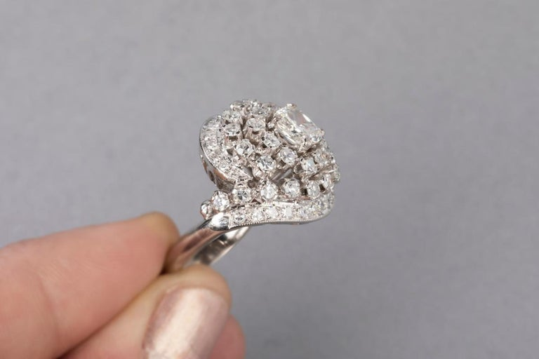 3 Carat Gold and Diamonds French Cocktail Ring For Sale 5