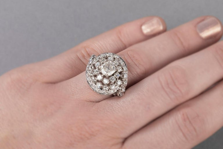3 Carat Gold and Diamonds French Cocktail Ring For Sale 10