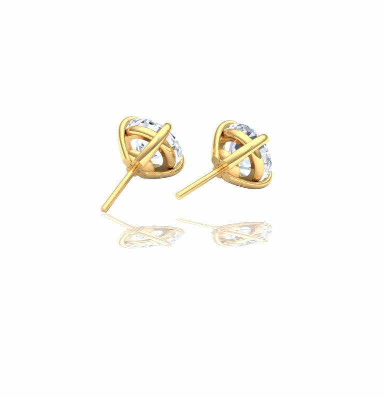 Round Cut 3 Carat Diamond Stud Earrings For Sale