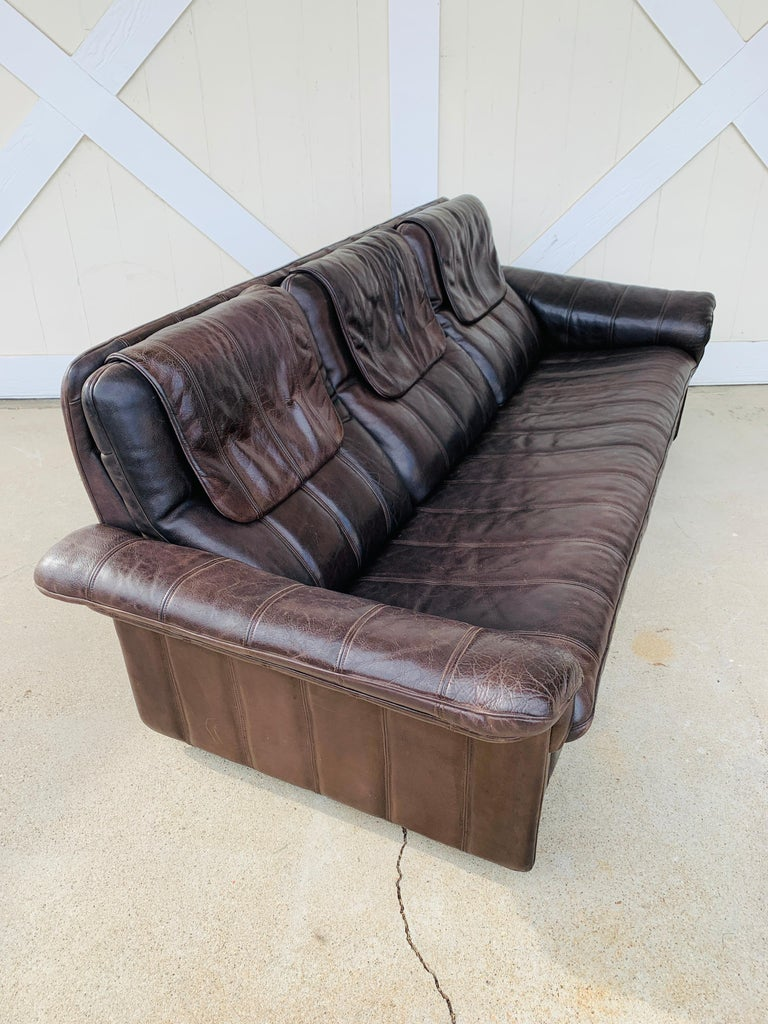 Mid-Century Modern 3-Seat Leather Sofa by De Sede, Switzerland For Sale