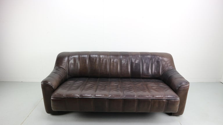 Swiss 3-Seat Leather Sofa DS-44 from De Sede, 1970s For Sale