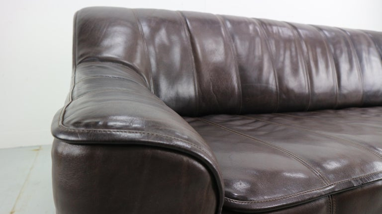 3-Seat Leather Sofa DS-44 from De Sede, 1970s For Sale 1