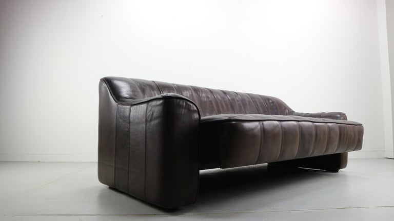 3-Seat Leather Sofa DS-44 from De Sede, 1970s For Sale 2