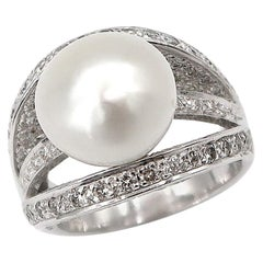 3 Sliced Cross over White South Sea Pearl and Diamond 18 Karat White Gold Ring