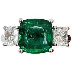 3-Stone Emerald Cut/Cushion Diamond, Fancy, Platinum Ring