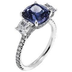 3-Stone Ring with 3.59 Carat Blue Sapphire
