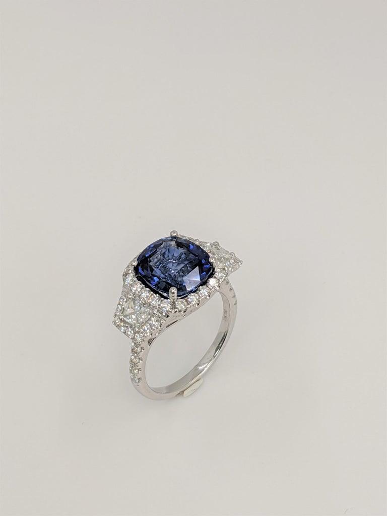 Women's GIA Certified Sapphire White Diamond Ring 18k  Wt. Gold For Sale