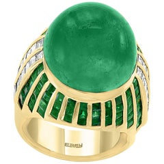 30 Carat Cabochon Colombian Emerald and Diamond 18 Karat Yellow Gold Ring