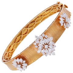 3.0 Carat Diamond 18 Karat Gold Bangle Bracelet