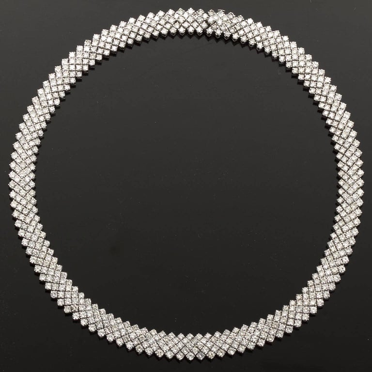 Women's or Men's 30 Carat Diamond White Gold Five Line Necklace For Sale