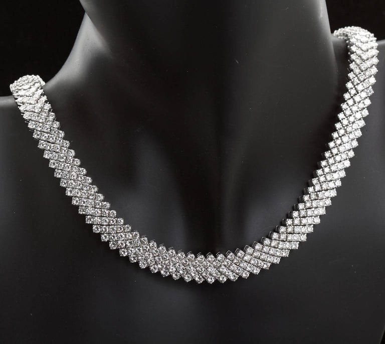 30 Carat Diamond White Gold Five Line Necklace For Sale 2
