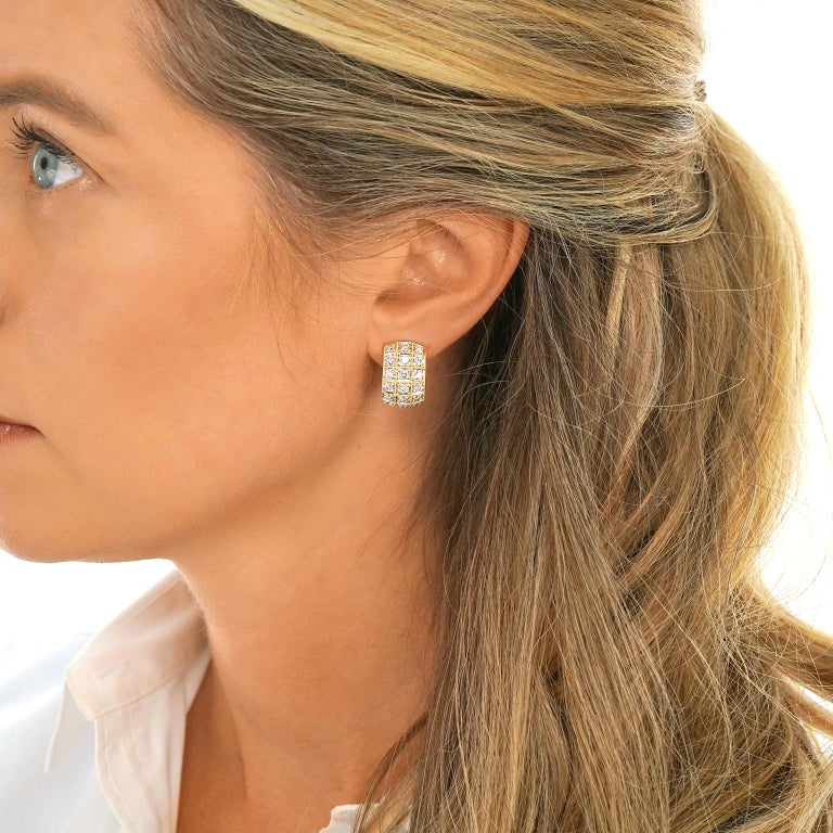 3.0 Carat Diamond-Set Gold Earrings In Excellent Condition For Sale In Litchfield, CT