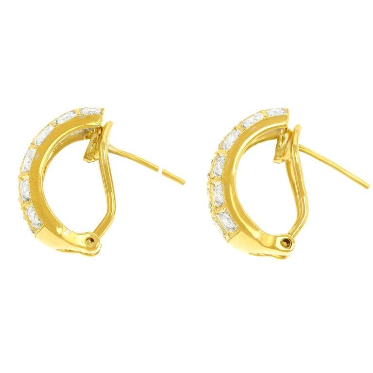 3.0 Carat Diamond-Set Gold Earrings For Sale 2