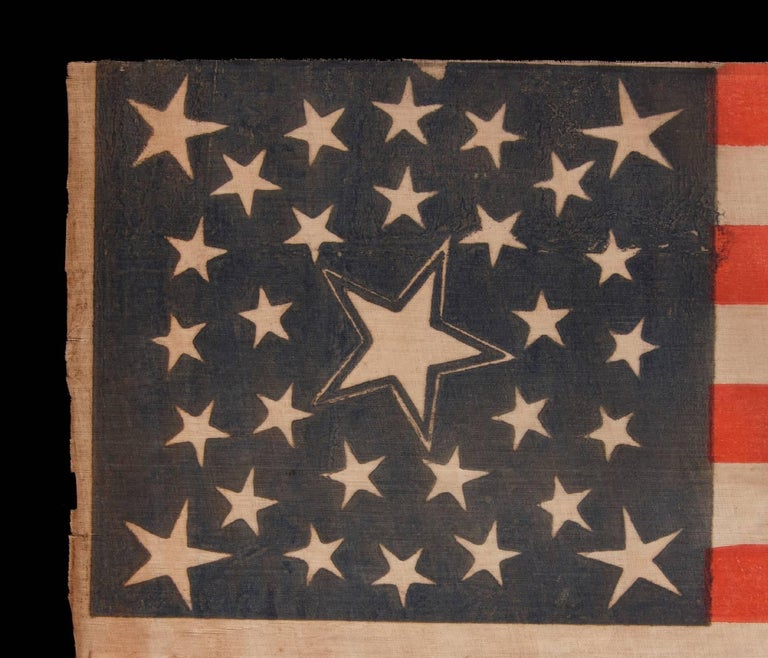 30 Stars on an Antique American Flag of the Pre-Civil War Era In Good Condition For Sale In York County, PA