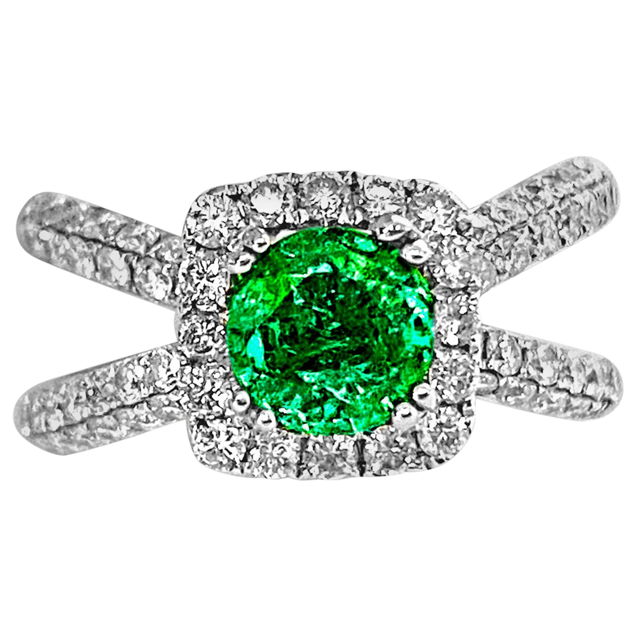 3.00 Carat Colombian Emerald and Gold Cross Ring