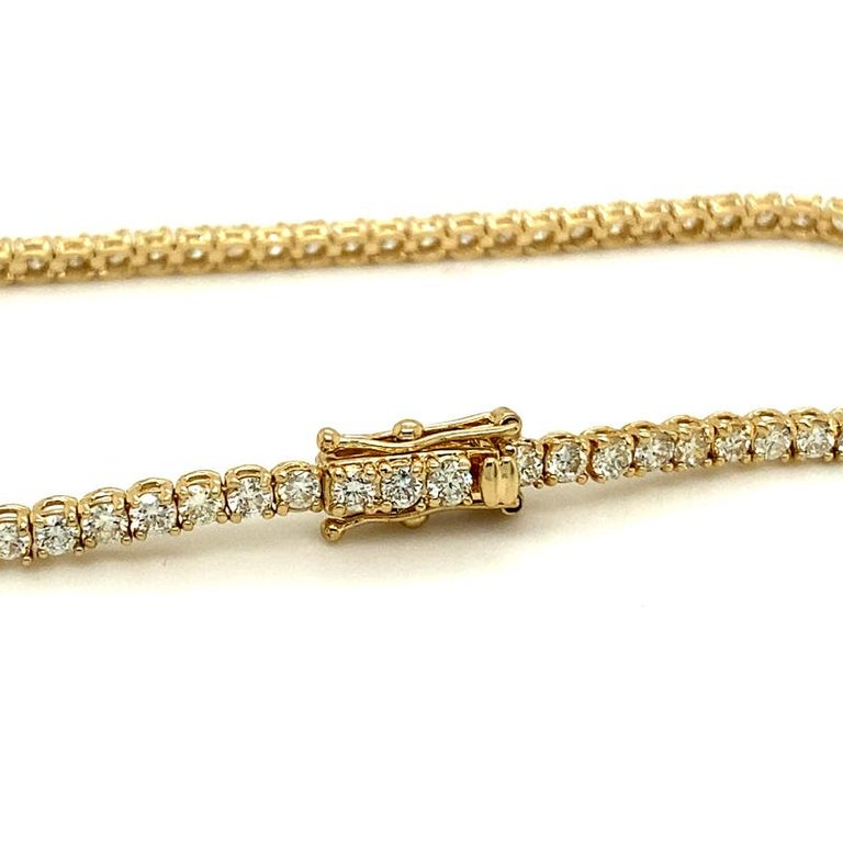 3.00 Carat Natural Diamond Tennis Bracelet G SI 14 Karat Yellow Gold In New Condition For Sale In New York, NY