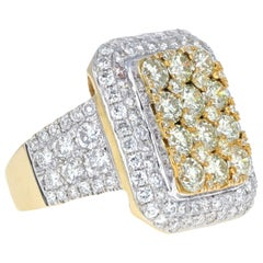 3.00 Carat White Diamond and 2.00 Carat Yellow Diamond Fashion Ring