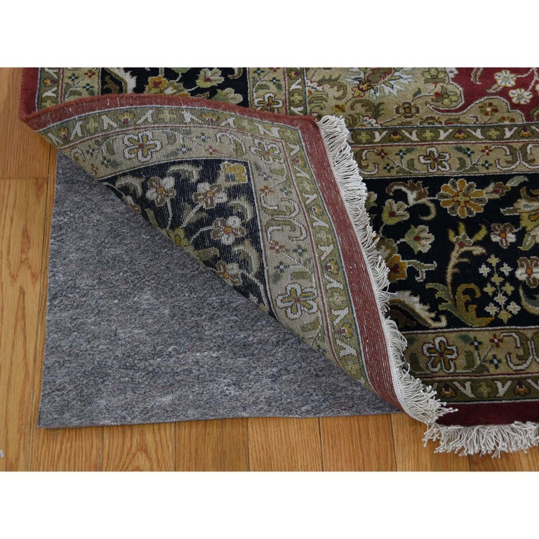 300 Kpsi Kashan Revival New Zealand Wool Hand Knotted Oriental Rug In New Condition For Sale In Carlstadt, NJ