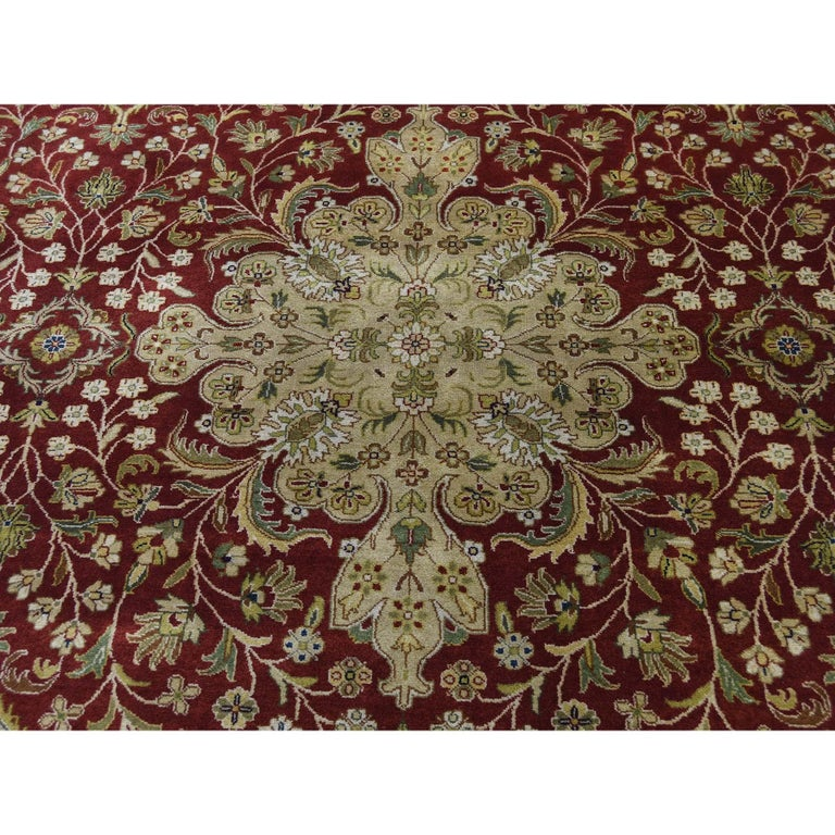 300 Kpsi Kashan Revival New Zealand Wool Hand Knotted Oriental Rug For Sale 2