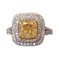 3.01 Carat GIA Fancy Yellow Diamond Ring in Platinum