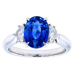 3.01 Carat Oval Blue Sapphire Ring with Diamond Epaulets