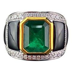 3.03 Emerald Cut and Black Onyx 18 Karat Gold Unisex Cocktail Ring