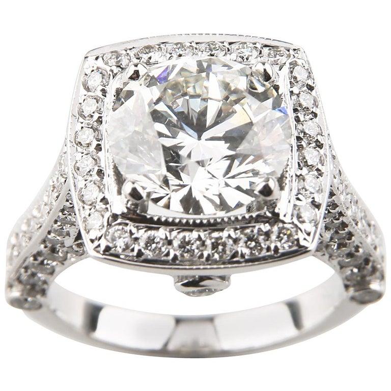 3.05 Carat Round Brilliant Diamond 14 Karat Gold Engagement Ring GIA Certified For Sale
